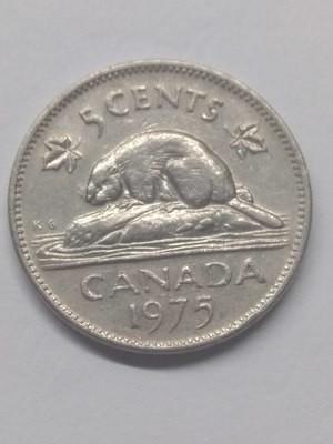 Канада. Елизавета II. 1975. 5 центов. Бобр. Тип: 1965. Никель 4.54 g., KM#60.1. VF+