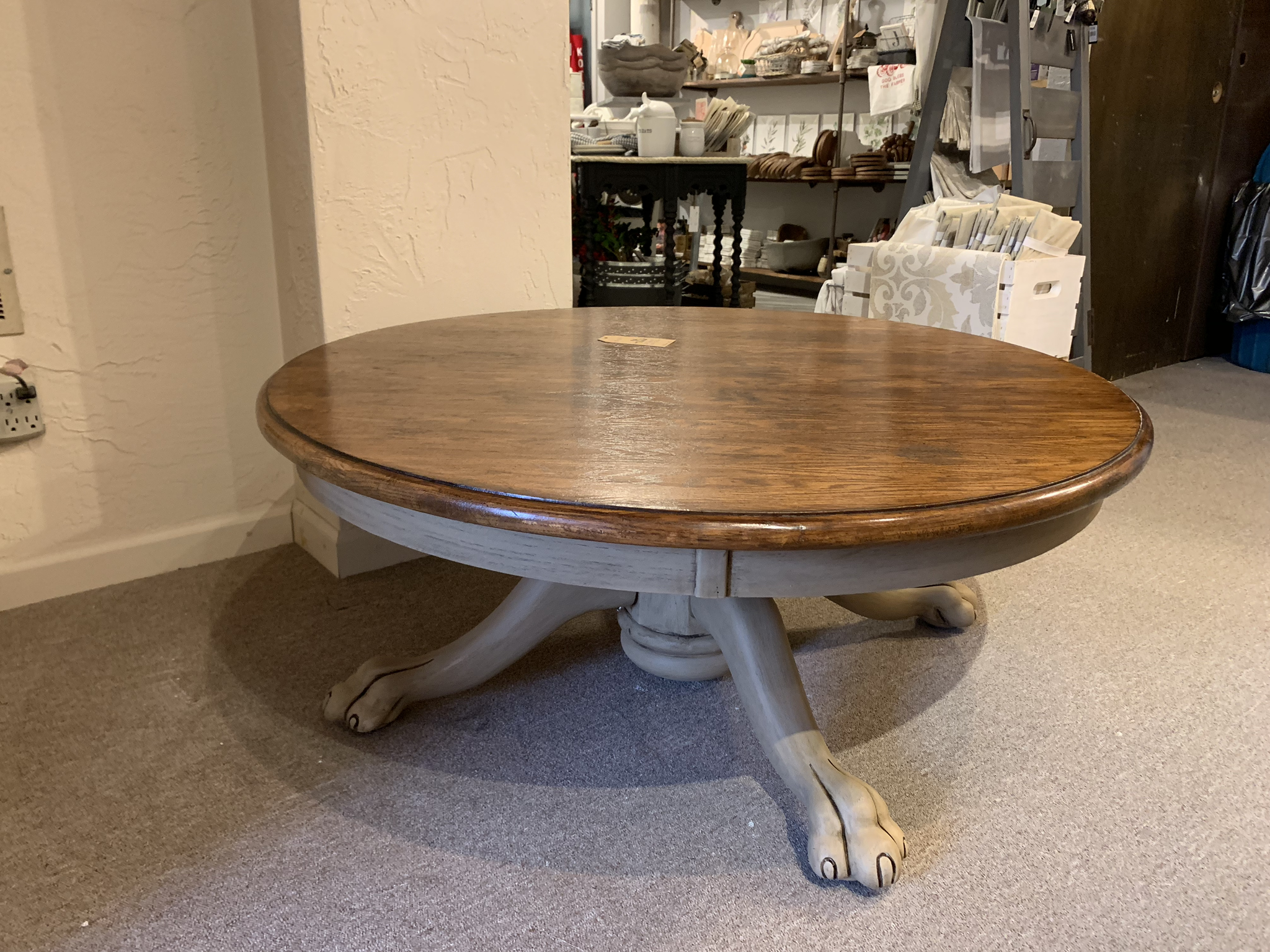 """FGF 42"""" Round Claw Foot Coffee Table fgf130"""