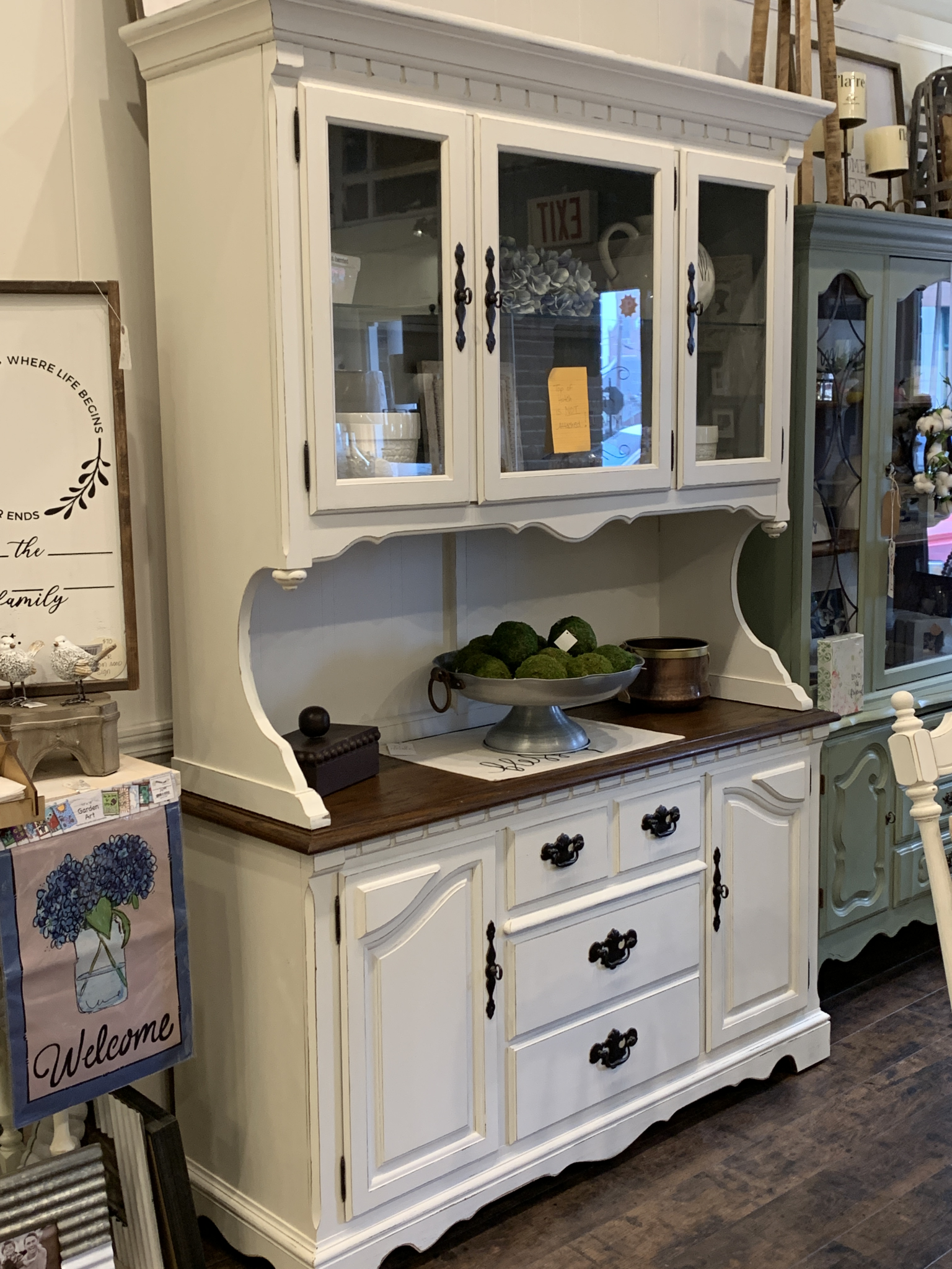 FGF Farmhouse Style Hutch Distressed White With Natural Wood fgf138