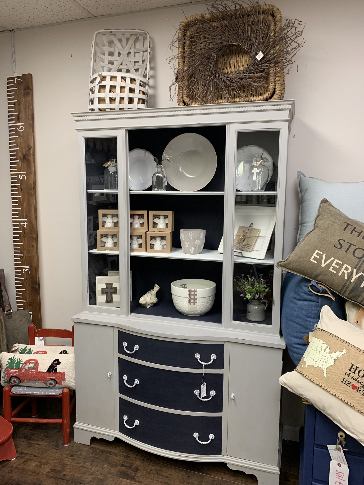 SSC Grey China Hutch With Navy Interior White Shelves.  sscf7