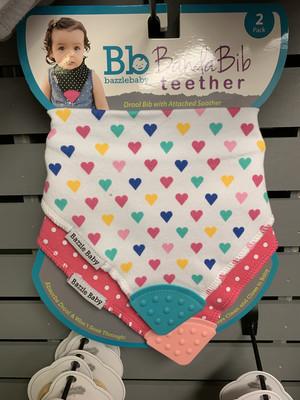 Banda Bib Teether Hearts Pink