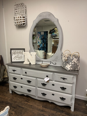 FGF Scroll Dresser With Mirror