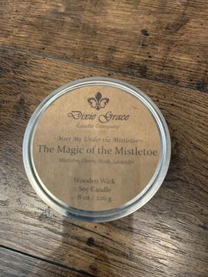 Dixie Grace Candle The Magic Of The Mistletoe 8 oz.