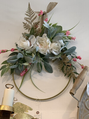 MP Medium Round Metal Wreath