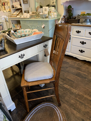 FGF172 Farmhouse Chair