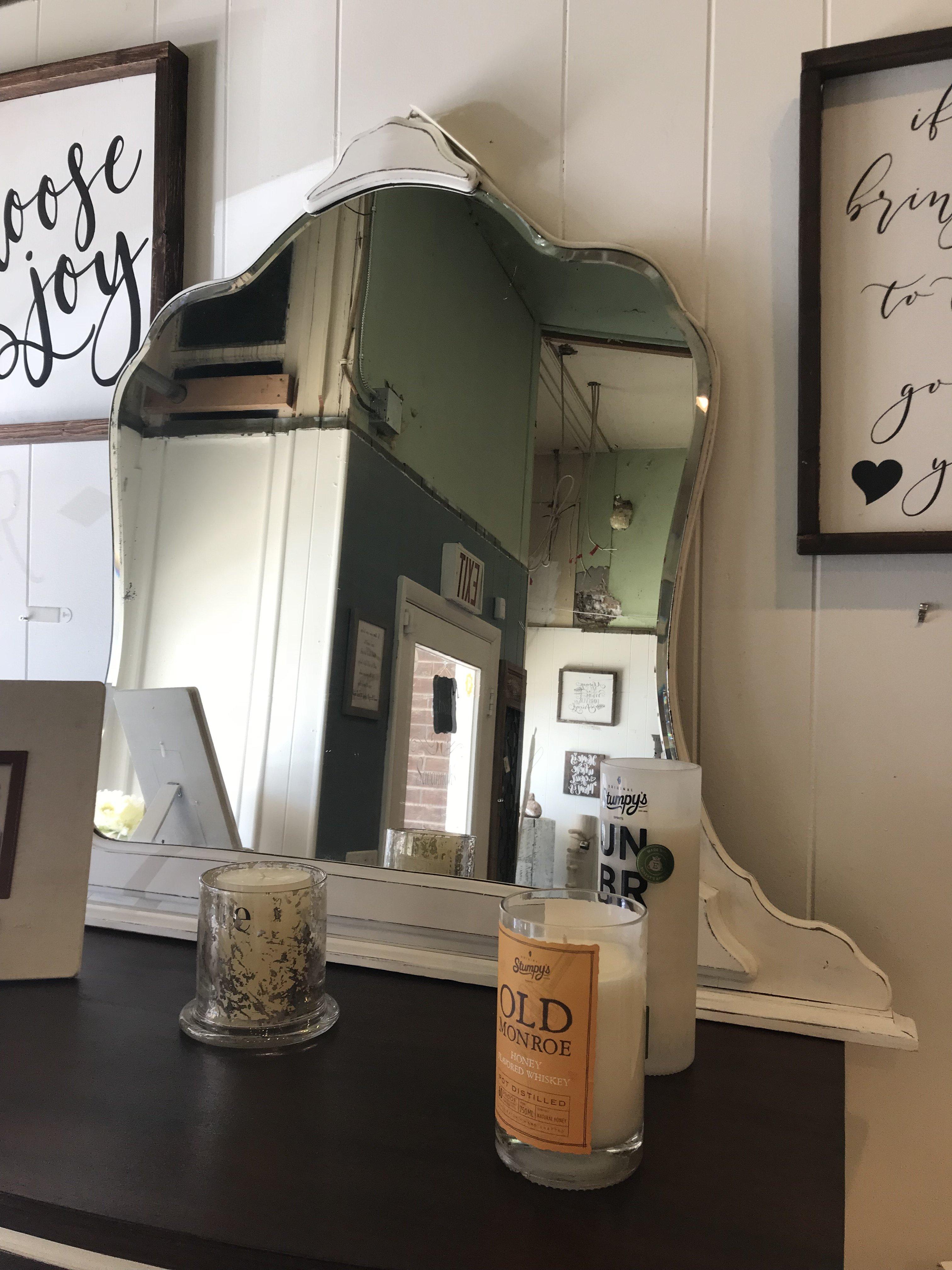 FGF White Antique Mirror fgf88