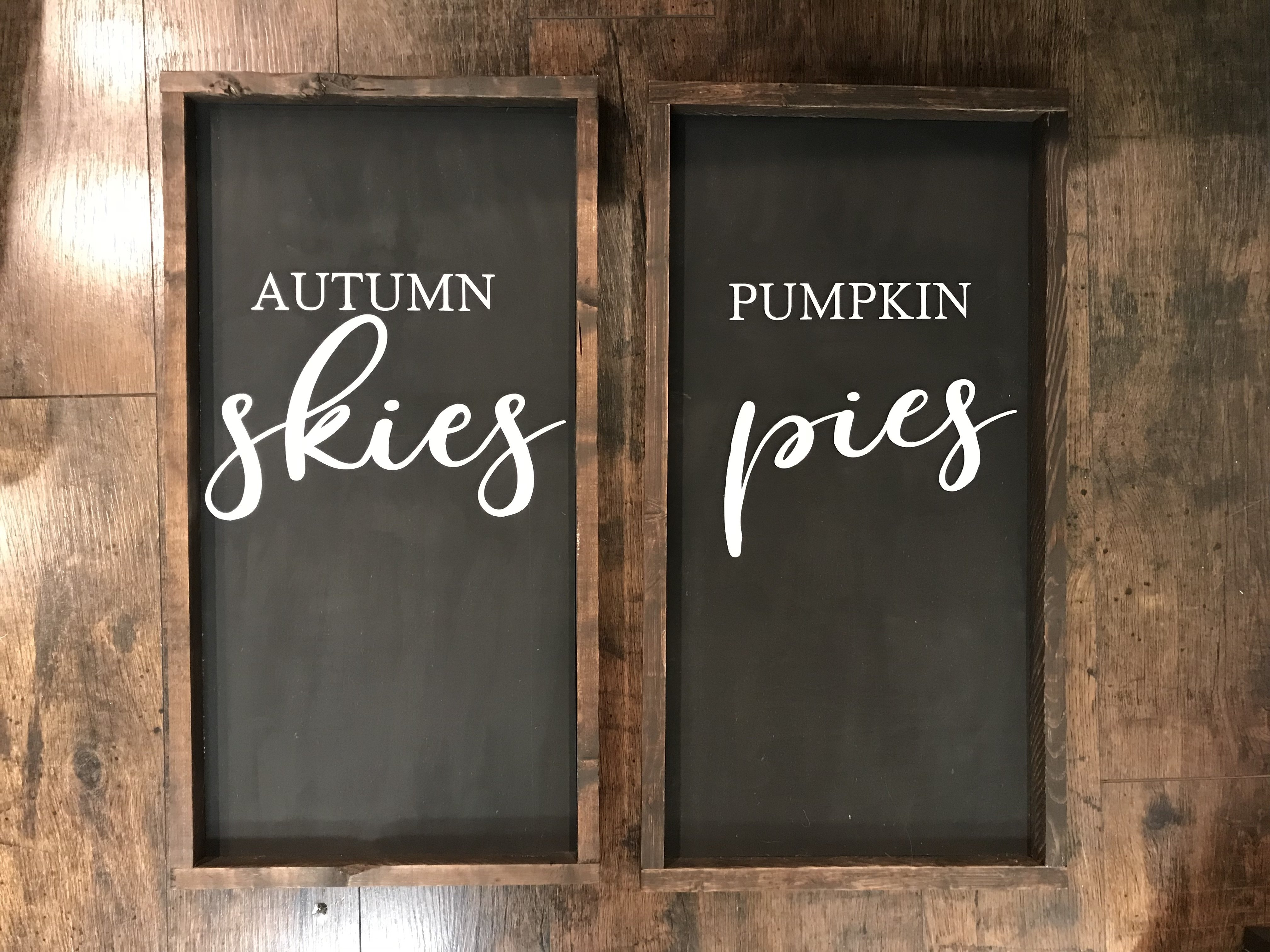 Set of 2 Autumn Skies Pumpkin Pies rcc50