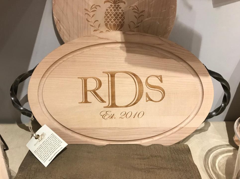 Custom Wood Board Oval