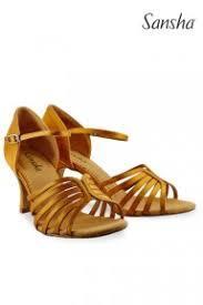 Tan Sansha Shoe 02878