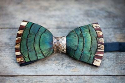 Brackish Ravenwood w/ Snakeskin Bow Tie