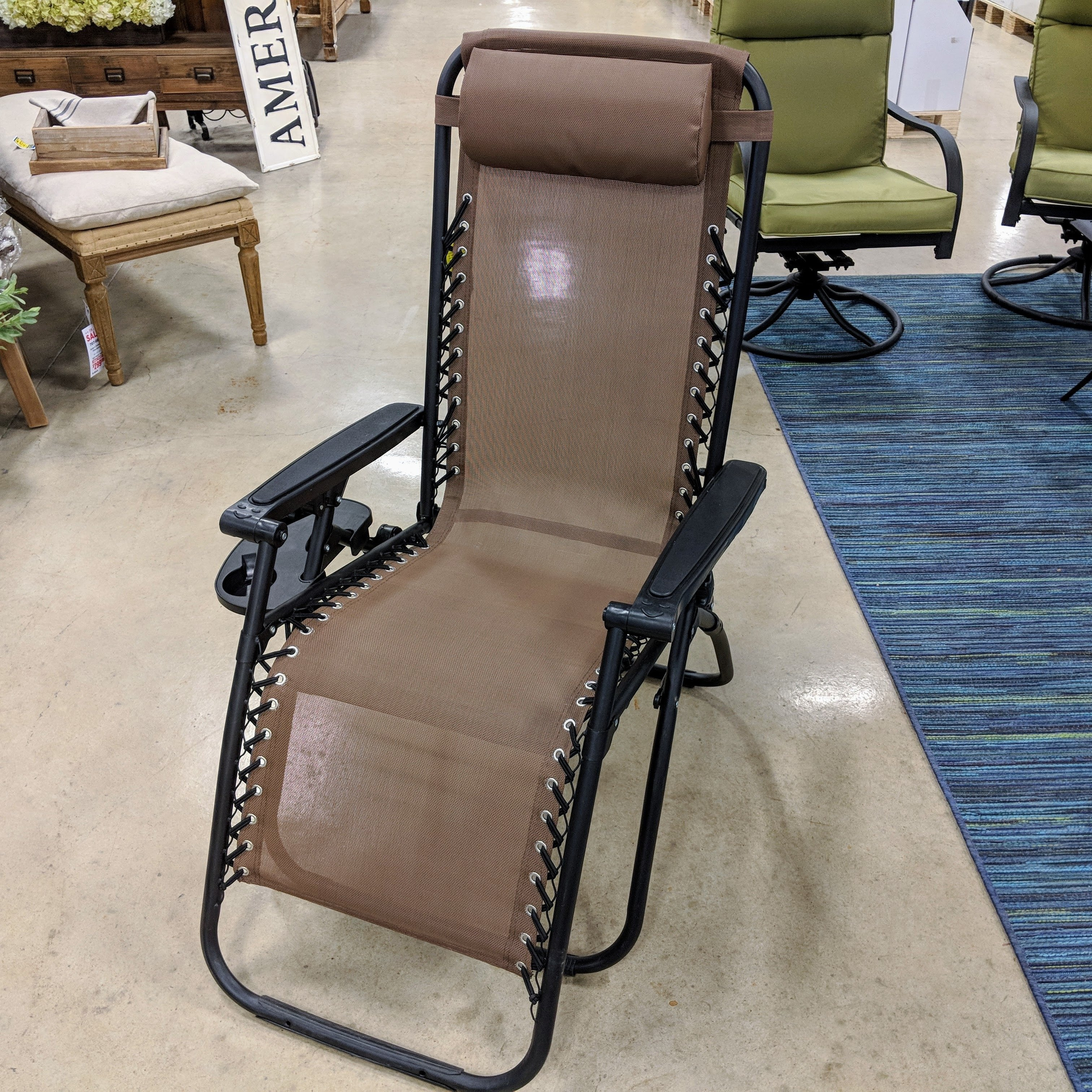 Steel Anti-Gravity Chair with Cup Holder