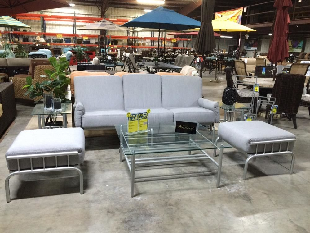 Uptown Chromite Sofa and Ottomans W-000017
