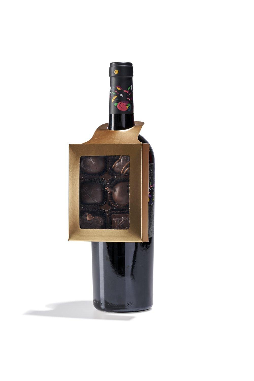 Medium Red Wine Pairing Bottle Hanger