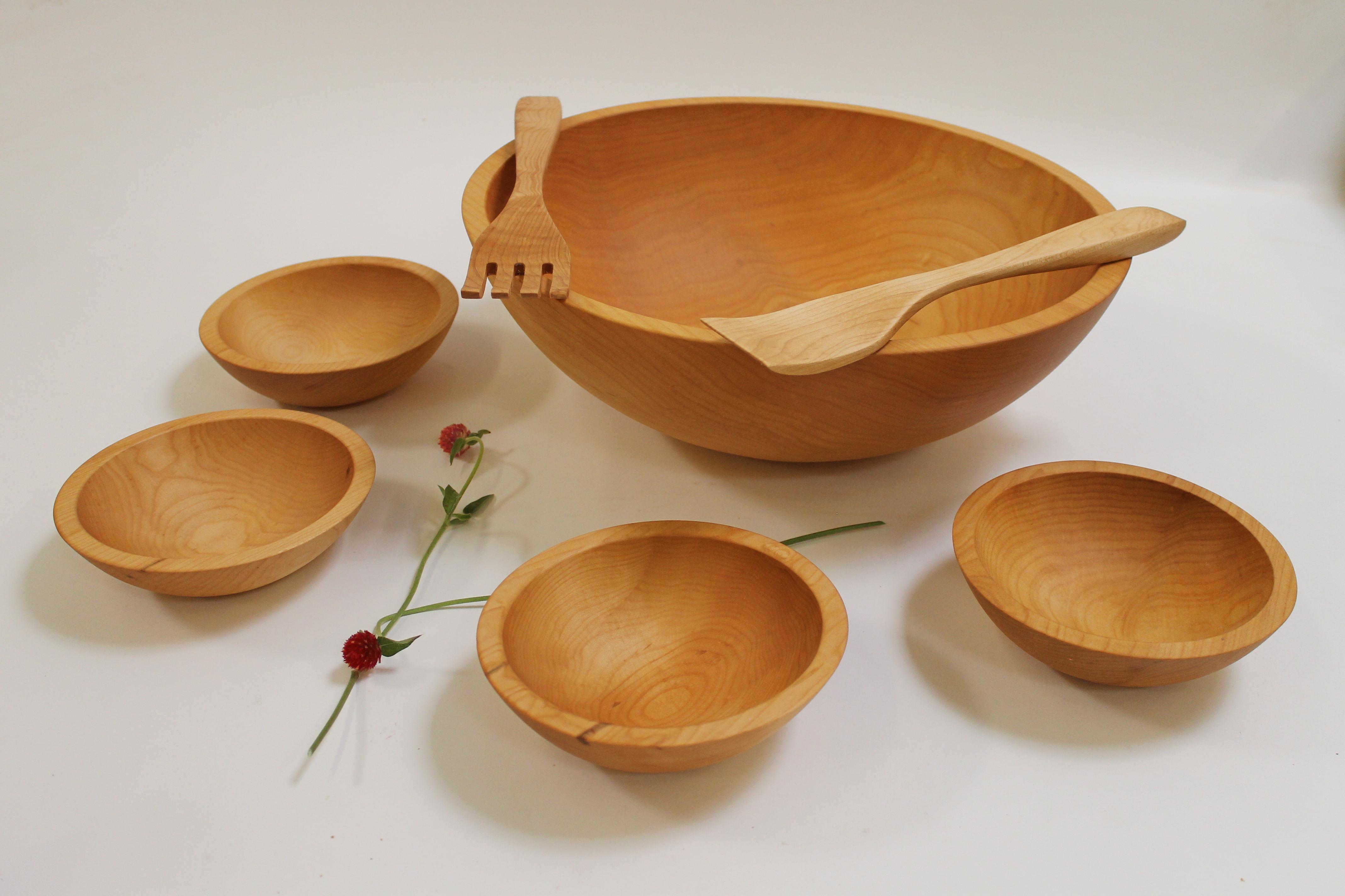 17 inch Maple Salad Bowl Set - Bee's Oil Finish M117B-5S
