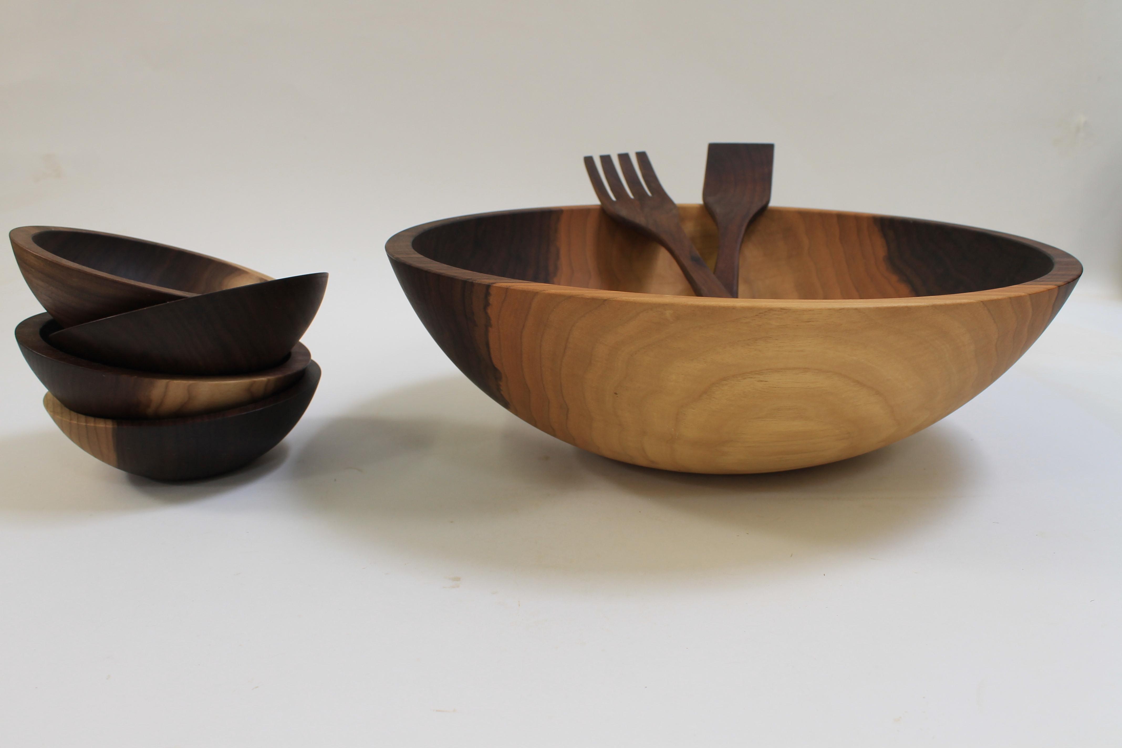 17 inch Walnut Bowl Set - Bee's Oil Finish W117B5S