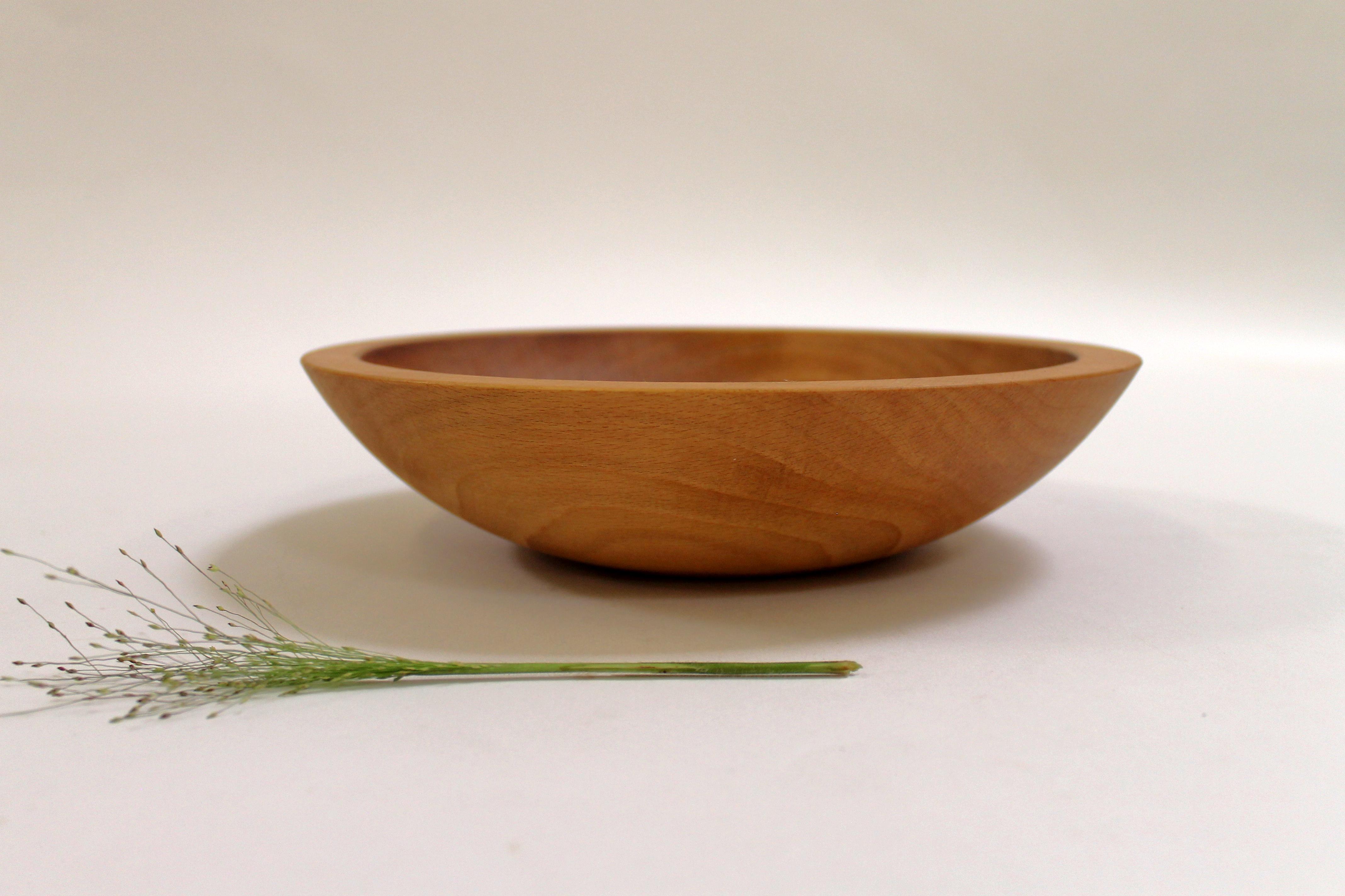 9 inch Beech Bowl - Light Walnut & Bee's Oil Finish 109WBLT