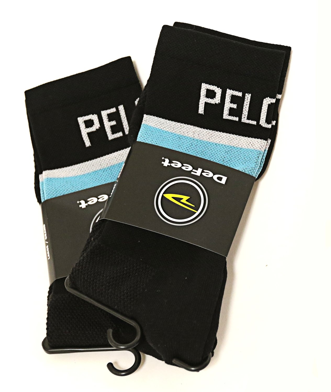 DEFEET/PELOTON magazine socks