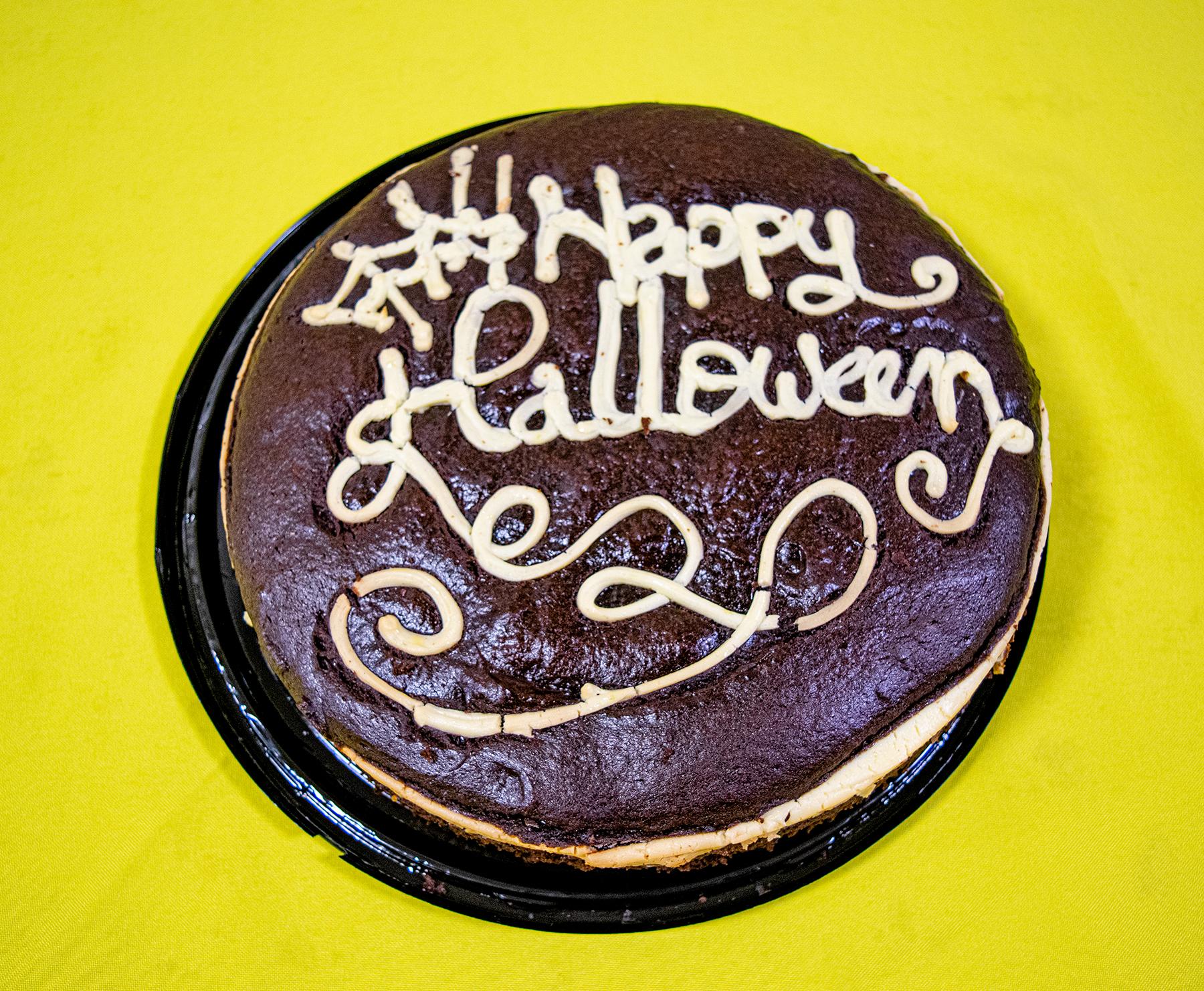 Happy Halloween Cake 00114