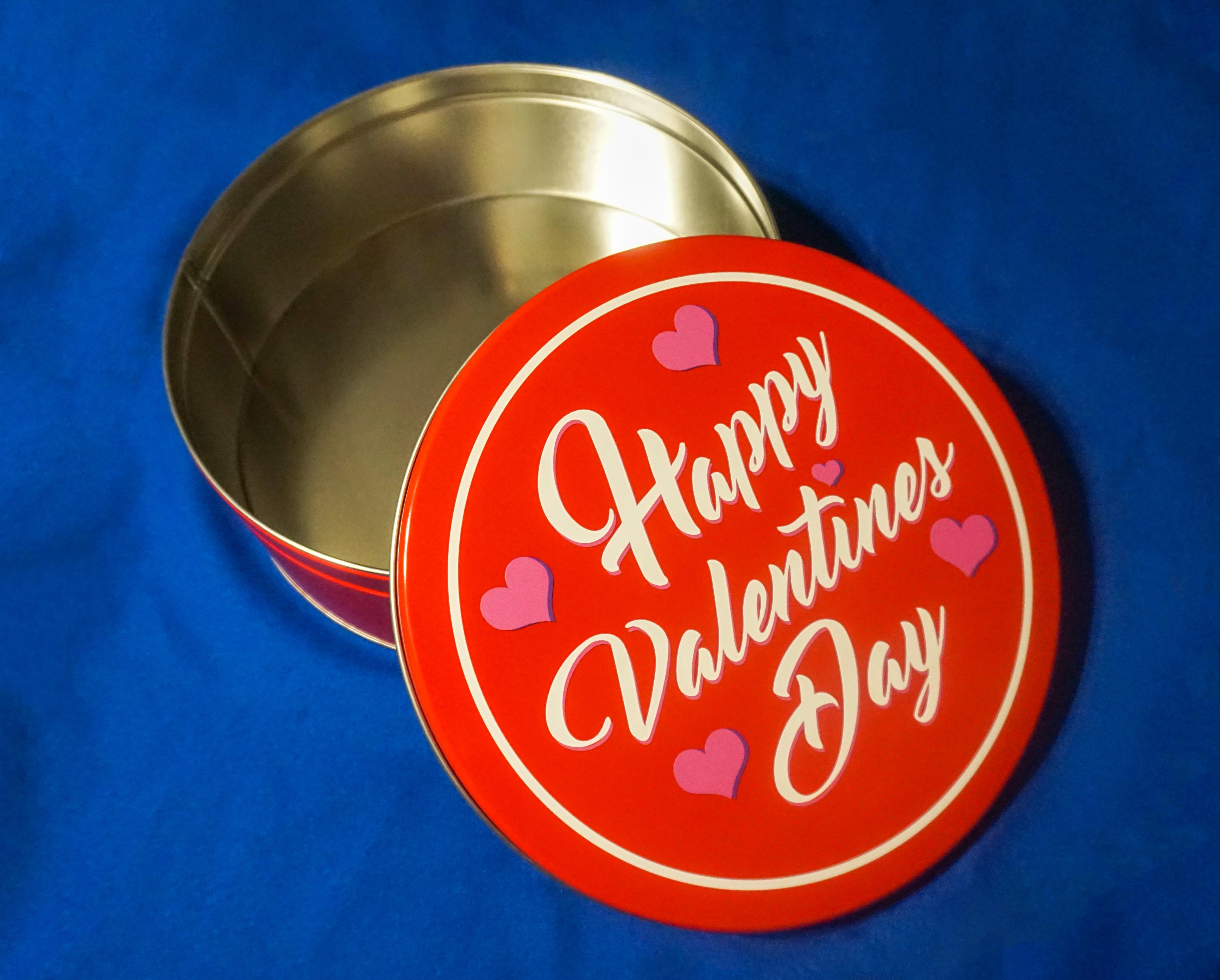 Happy Valentine's Day Tin & Coffee Cake