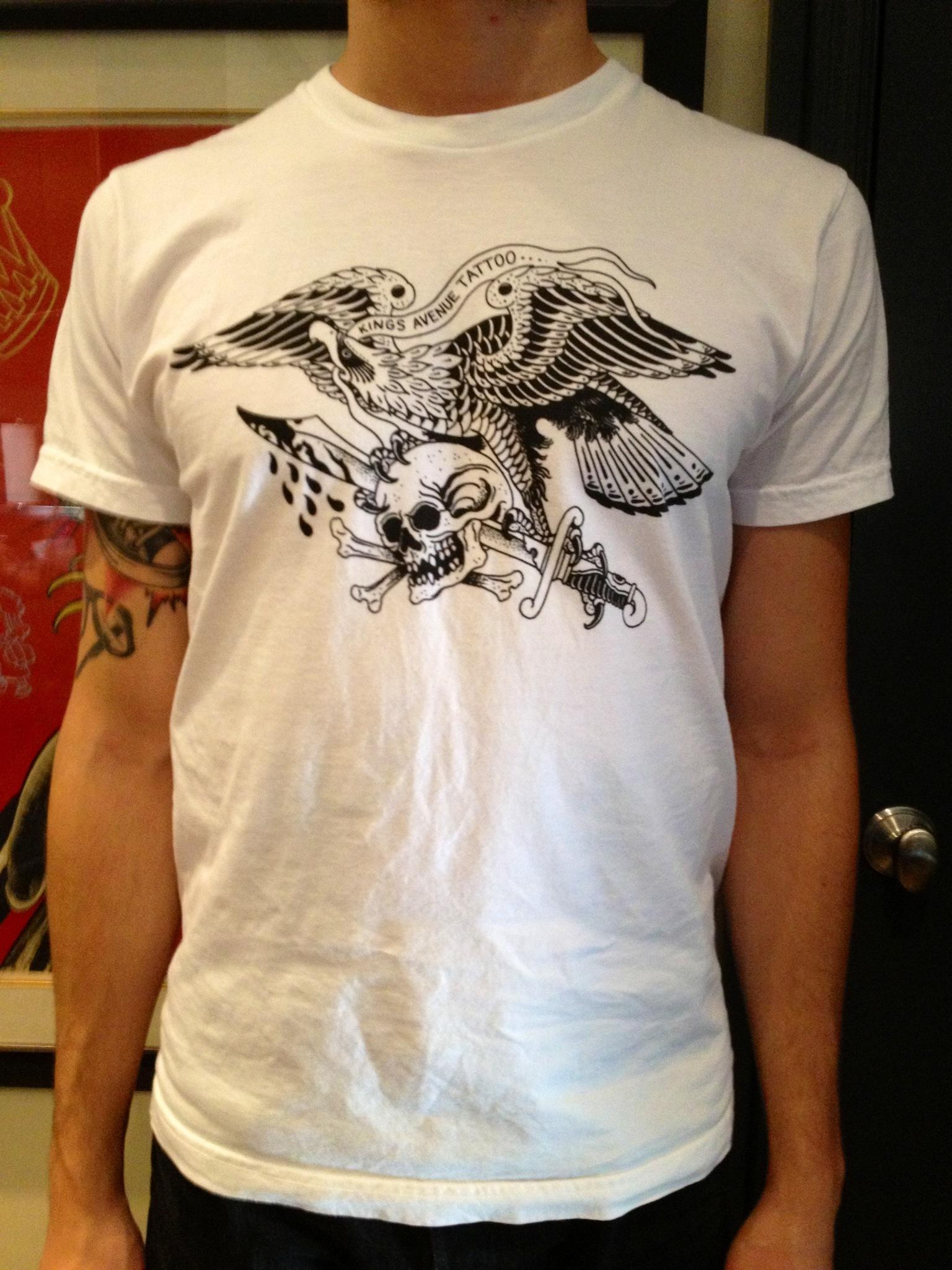 Triple Threat (Eagle, Skull & Dagger) 00077