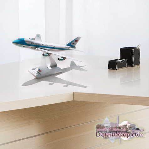 Gifts - Toys - Air Force One - 747 Office Desk Model