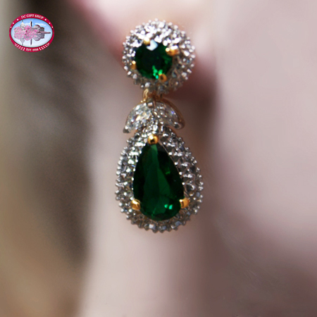 Valentine's Day - Jacqueline Kennedy Emerald Earrings