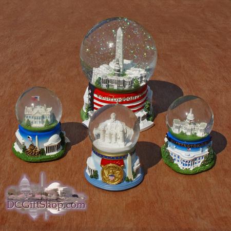 Gifts - Snow Globe - Washington DC Set