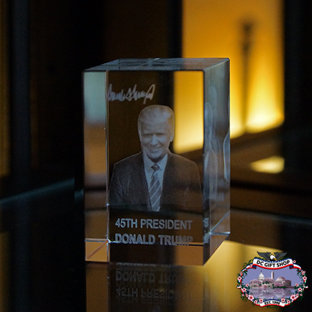 President Donald Trump 3D Glass Paperweight