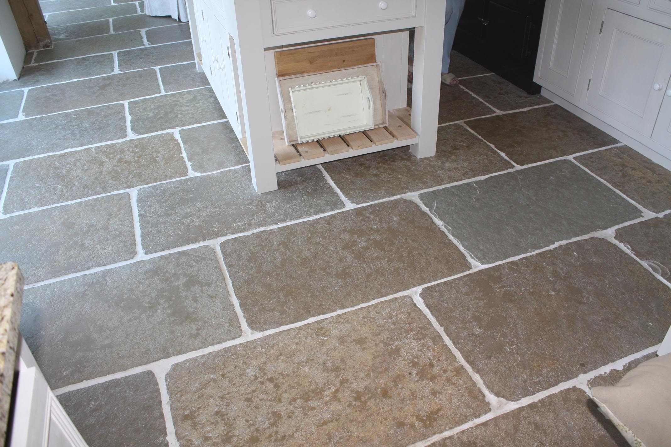 Tumbled pietra limestone prices per square metre dailygadgetfo Choice Image