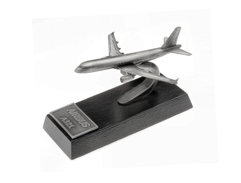 Airbus A321 Desk Model