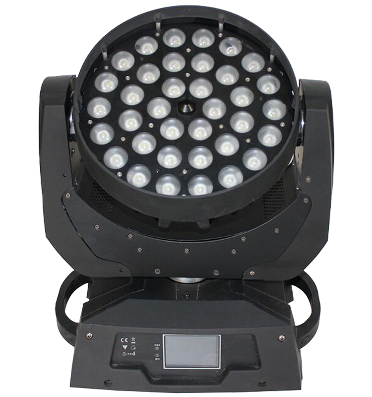 LED Zoom Wash 36 x 18