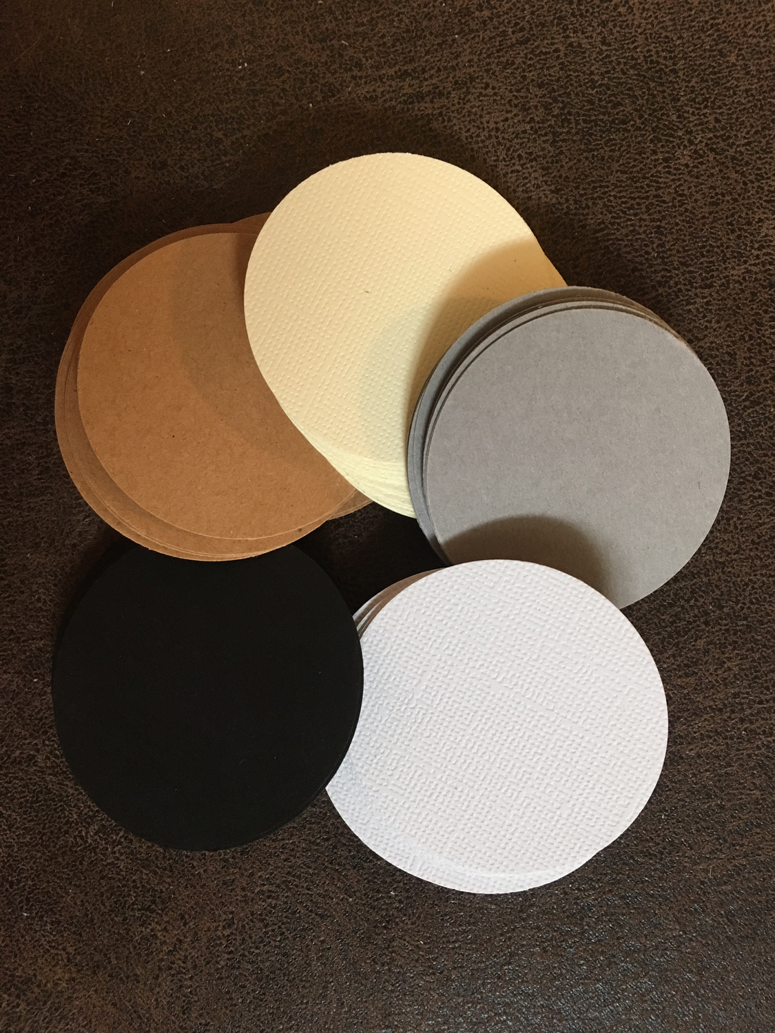"2"" round tiles 100 per packet 20 Of White, Cream, Gray, Black, Brown"