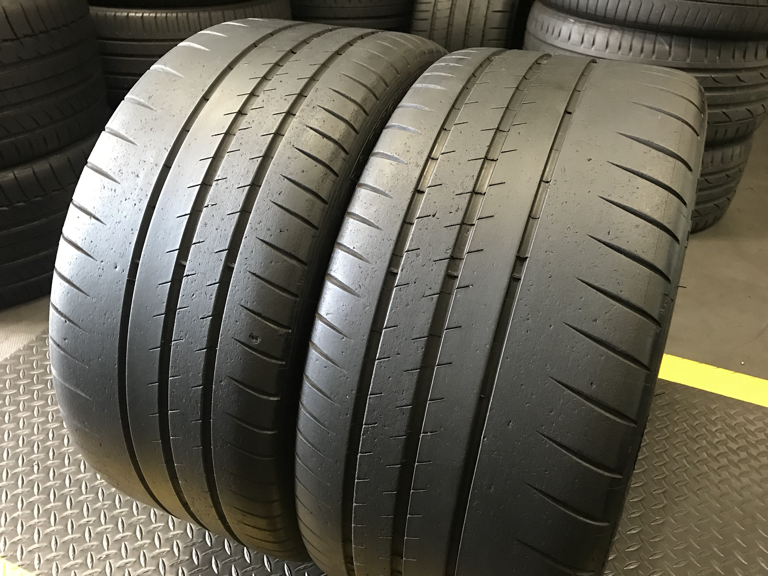 Michelin Pilot Sport >> 2 Used Tires 265 35zr19 Michelin Pilot Sport Cup 2 With 85