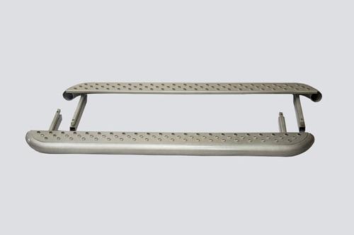 Пороги «Трофи» с металлическим листом, 2131 (к-т)
