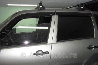 Дефлекторы дверей накладные Niva Chevrolet (к-т)