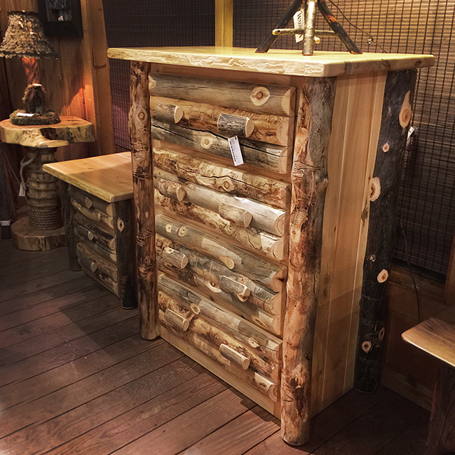 Aspen Chest 4 Drawer 1/2 Log