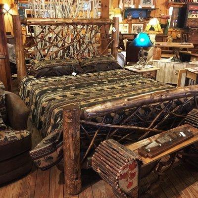 Cedar King Twig Bed