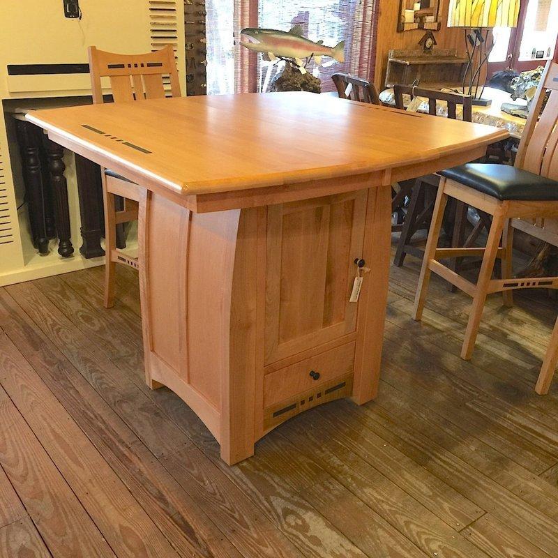 Hayworth Pub Table w/1-18