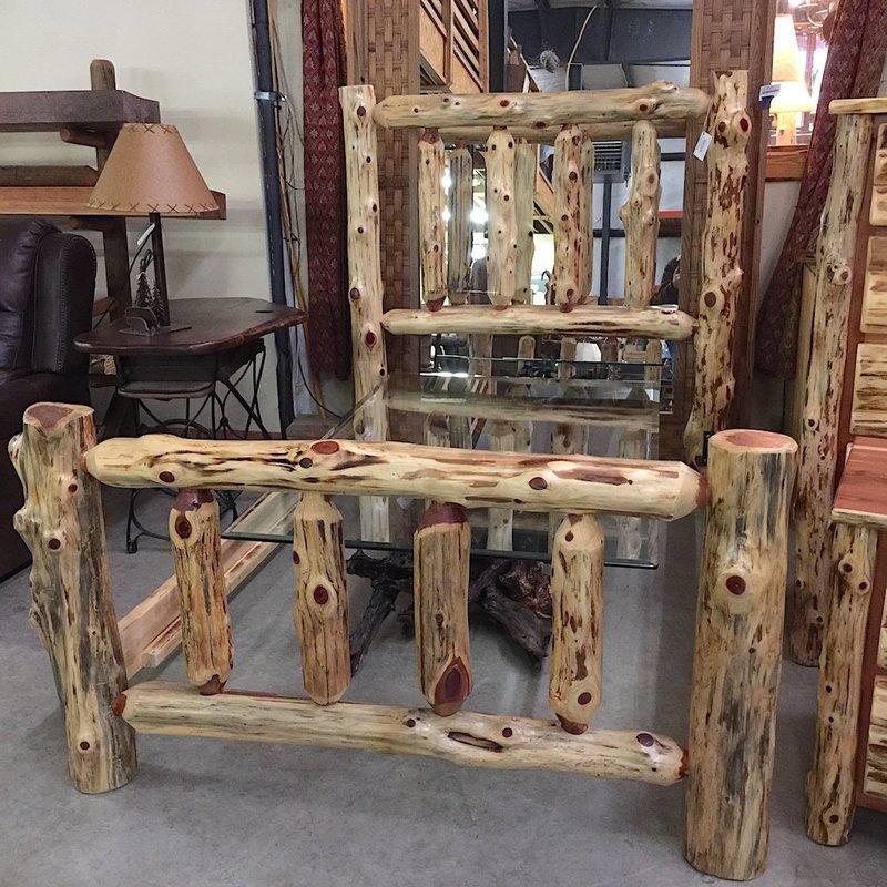 Red Cedar Log Spindle Full Size Complete Bed