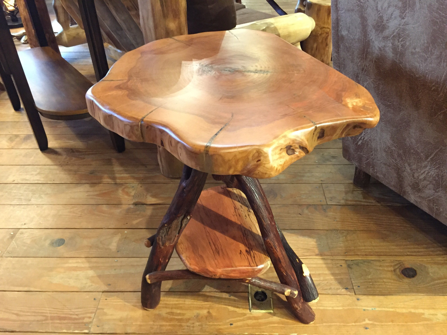 Cherry Top Large Tripod Table