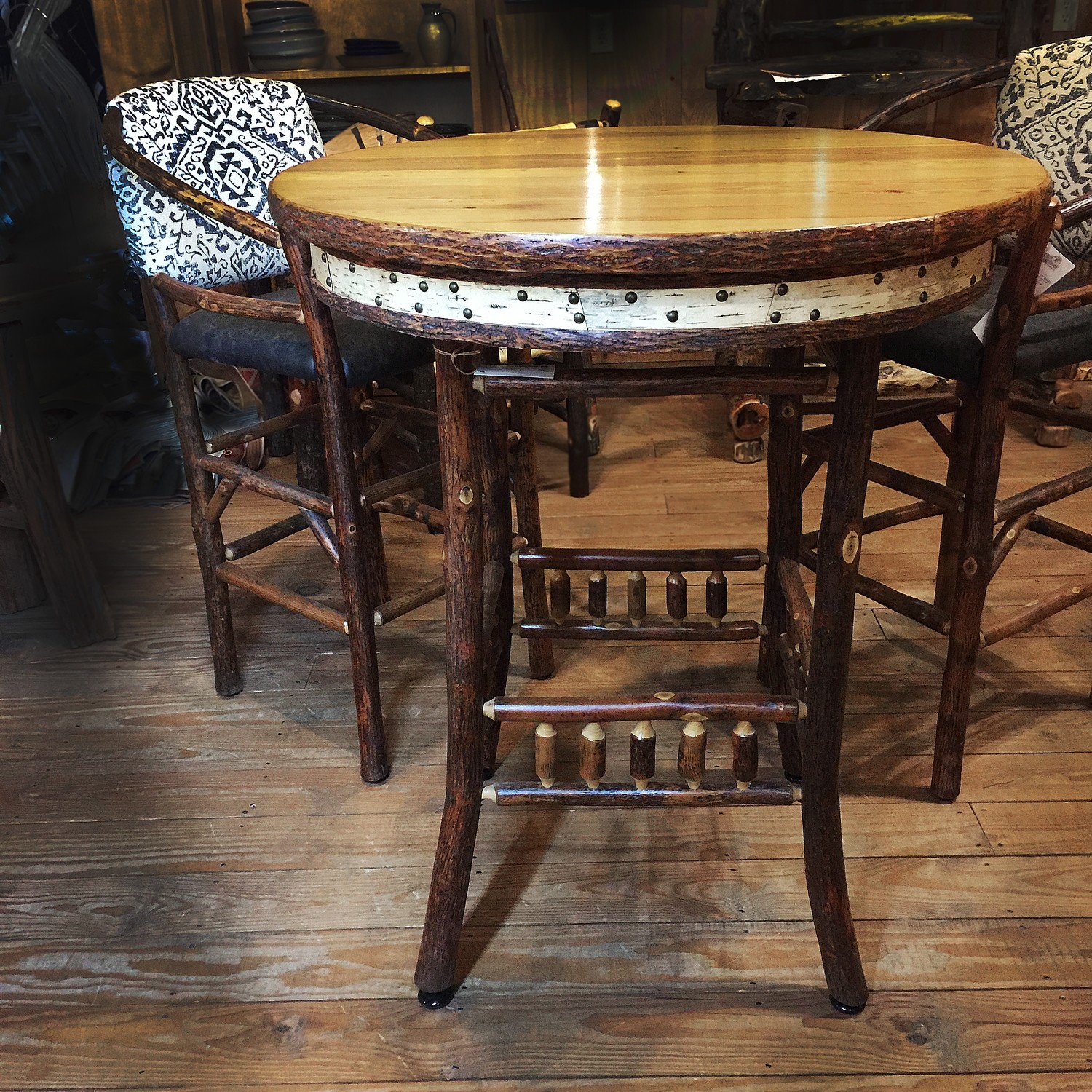 "Old Hickory Catskill Valley 36"" Round Pub Table"