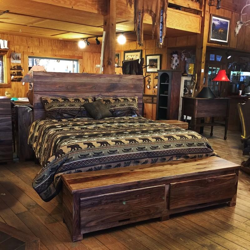 Madera Wood King Bed