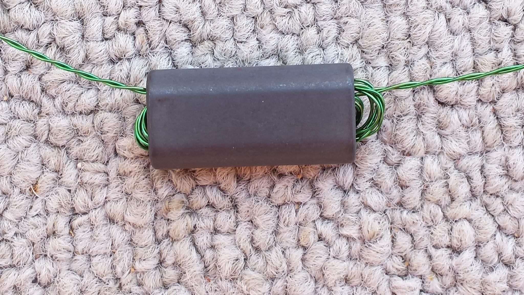 """Binocular (2 hole) Ferrite Core, Mix 61 - 5 pack - 1""""/27mm tall BN6802-61-5"""