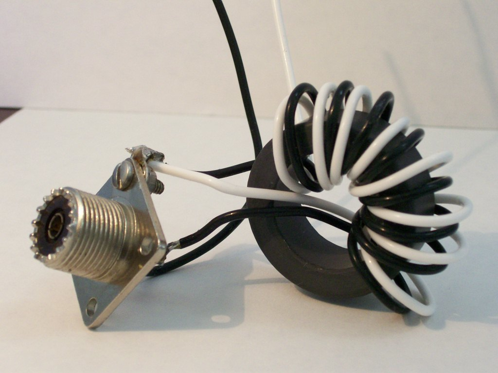 50:200 ohm (4:1) HF Balun or Unun Core Kit, 3-31 MHz, 250 watts BA-4-250
