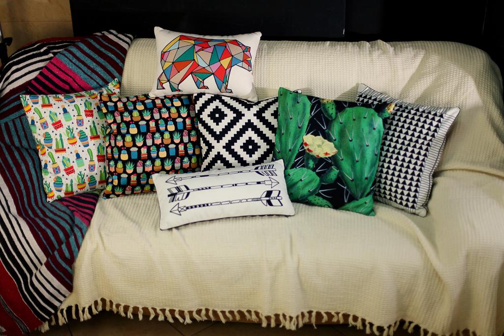 Подушка для дивана 45х45 см Ромбы