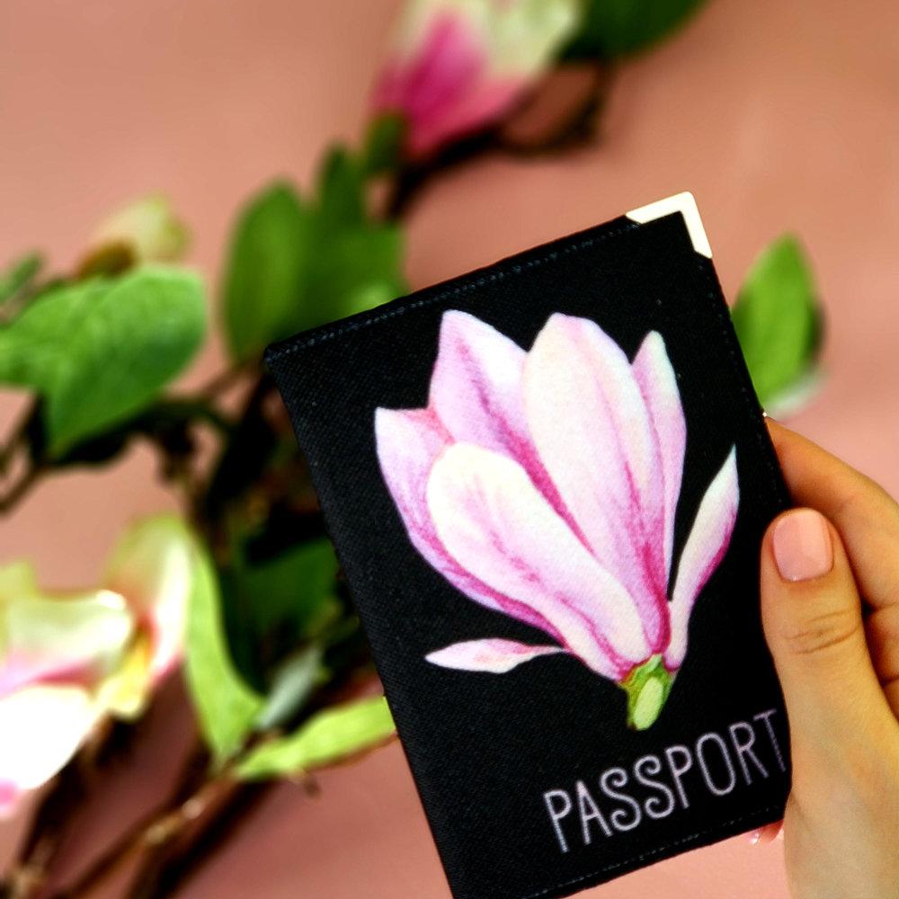 Обложка на паспорт Магнолия