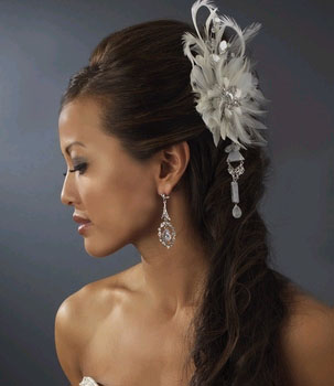 FEATHER & CRYSTALS FASCINATOR