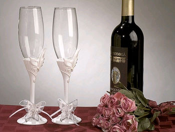 BUTTERFLY TOASTING FLUTES