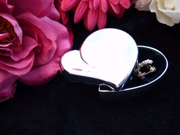 Small Heart Jewelry Box