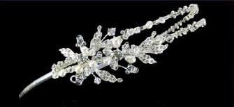 SIDE ACCENT with Swarowski rhinestone crystal bead & pearls
